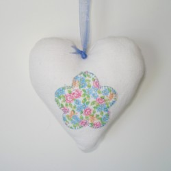 flower applique padded heart hanging ornament made in the machine embroidery hoop lavender filled linen heart needle passion embroidery npe